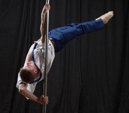 Pole Acrobatic